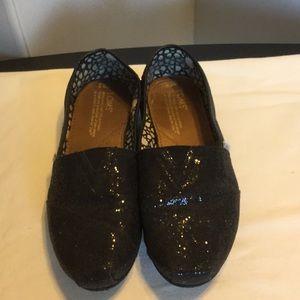 Shoes - Toms Shoes